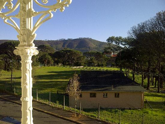 Guesthouse One Belvedere: View at Signal Hill
