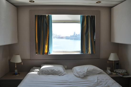 Al Sharq Hotel : la camera standard