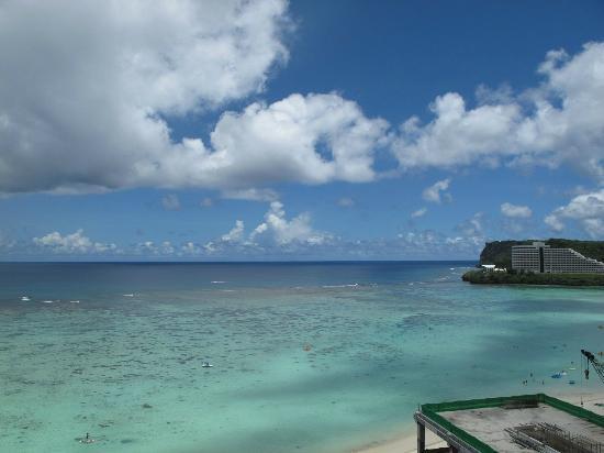Hyatt Regency Guam: View from balcony