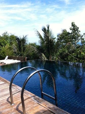 Blue Hill Beach Resort: Pool