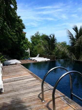 Blue Hill Beach Resort: Pool3