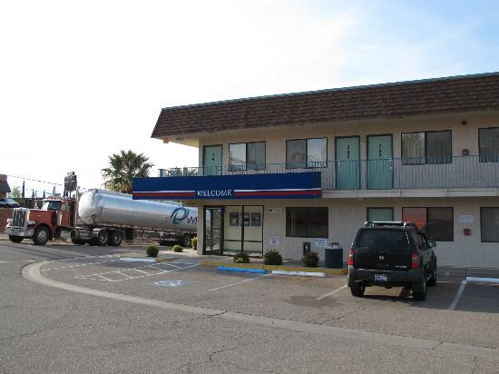 Motel 6 St. George: the motel