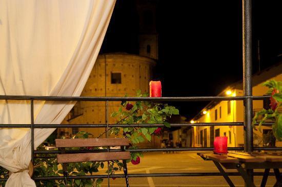 Dogliani, Italia: fuori