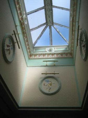 Dunedin Guest House : Cage d'escalier