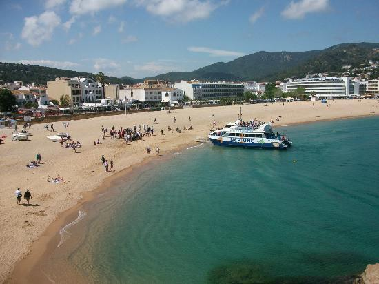 H·TOP Royal Sun : Tossa Beach, destination of boat trip, highly recommended