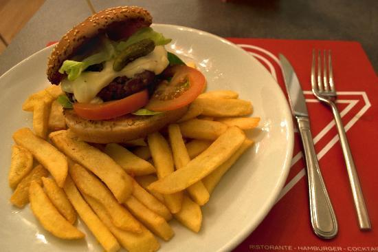 Photo of Italian Restaurant Plaz at Via Pietrapiana 36, Florence, Italy