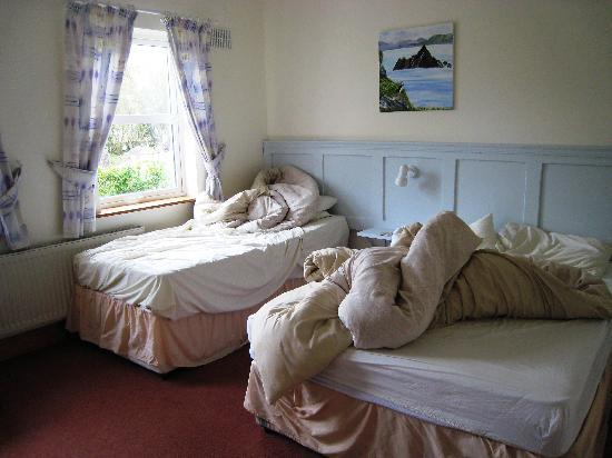 Watersedge Kenmare: bedroom
