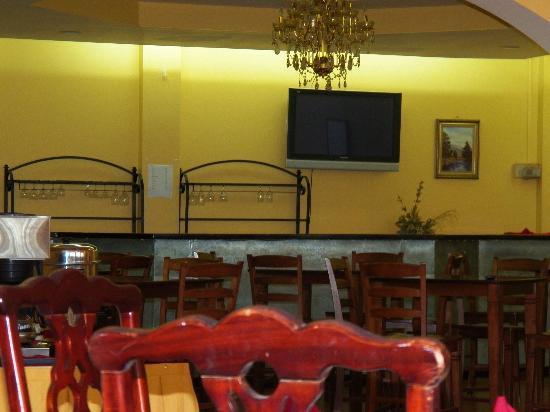 Ambassador Hotel : Dining Area