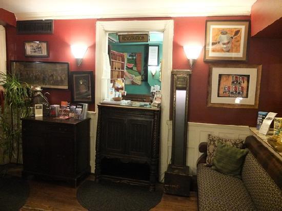 Tabard Inn: Reception