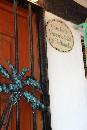 Villa Casa Nicte: Front door.