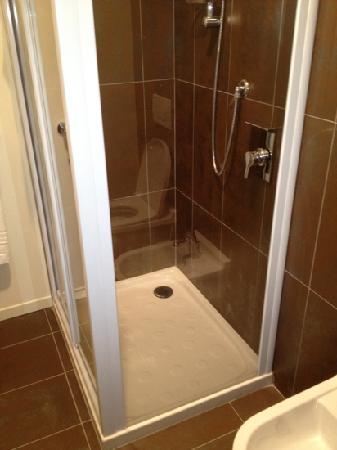 Stile Libero: shower