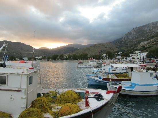 Askas Pension: Uitzicht op Aegali bay, 2 min. lopen vanaf hotel (niet genomen vanuit het hotel)
