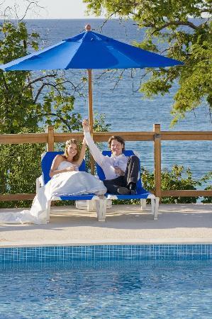 Beach View: Poolside Wedding