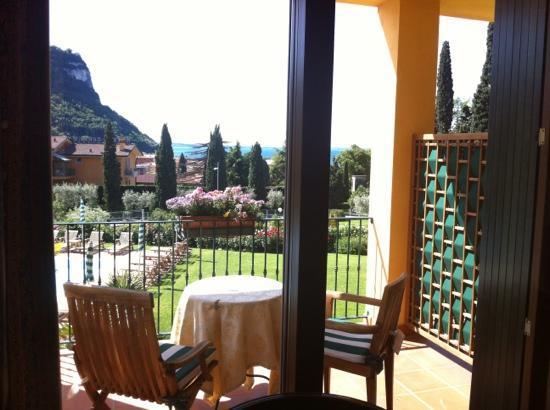 Hotel Villa Madrina: room 201 balcony
