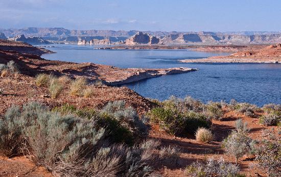 ليك باول ريزورت: Lake Powell