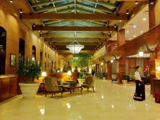 Columbus Marriott: Main Lobby