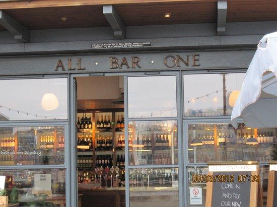 All Bar One London Bridge: Entrance