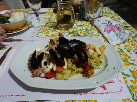 Albergo Del Sole : Seafood salad