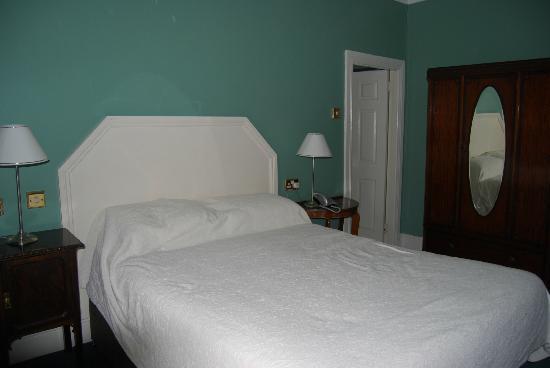 Foyles Hotel: Camera