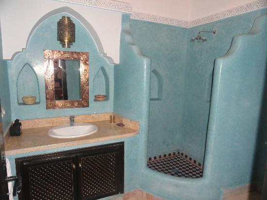 Riad Tamarrakecht: salle de bain