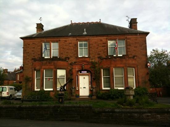 Hazeldean House: Hazeldean House 4 Moffat Road, Dumfries
