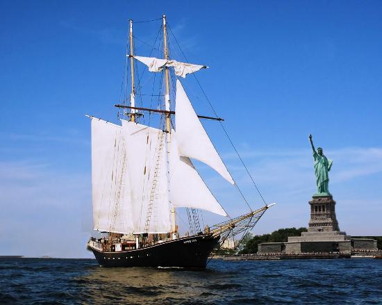 Manhattan By Sail - Clipper City Tall Ship