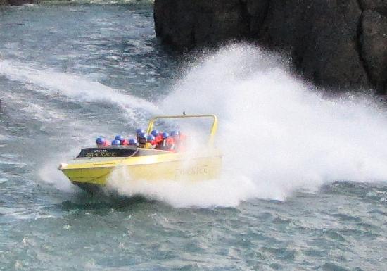 Iceland Riverjet: Full speed in Iceland
