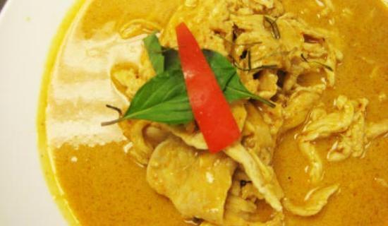 I am Thai: Chicken Panang Curry (Gluten free)