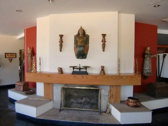Hotel Jose Antonio Cusco: Kamin