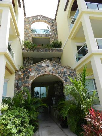 Sea Shore Allure: Entrance to all three floors