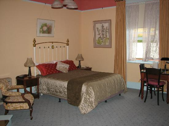Glen Osborne House: Lovely room