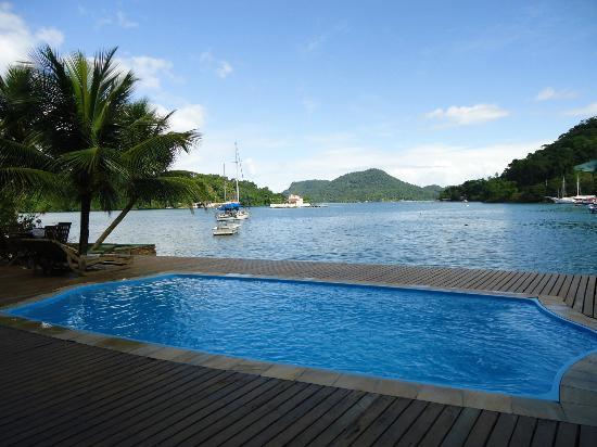 Pousada Jamanta: la pile y el mar
