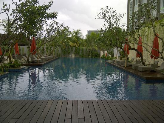 Ibis Styles Bali Benoa: Nice Pool