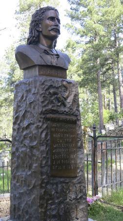 Mount Moriah Cemetery: Wild Bill's neato headstone
