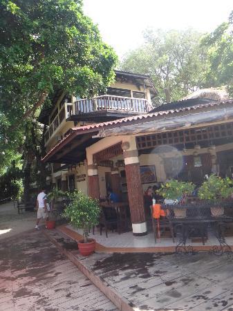 Taramindu Beach Garden Inn: Restaurant