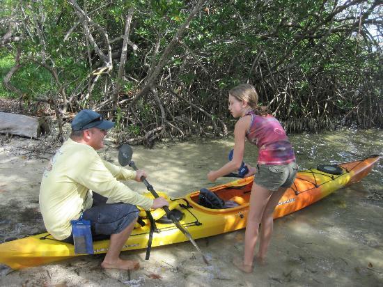 Sea Life Kayak Adventures: Tom giving instruction on Kayaking....