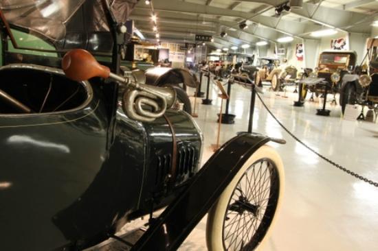 The Seal Cove Auto Museum: Museum Interior