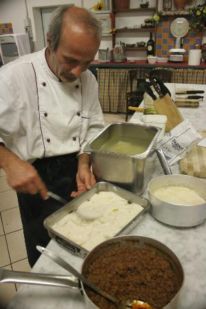 Love Umbria Tours: Making lasagne!!