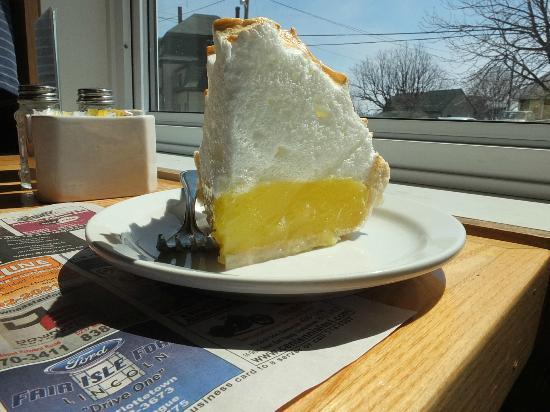 Blue Fin Restaurant : The best homemade lemon meringue pie ever!