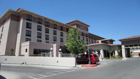 Hilton Garden Inn El Paso/University: Front of hotel