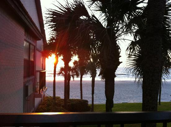 Ponte Vedra Inn & Club: Sunrise from the balcony