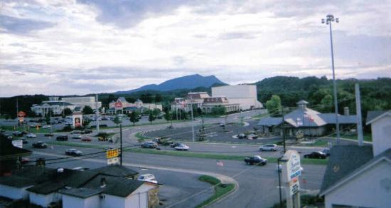 Mountain Melodies Inn & Suites: view