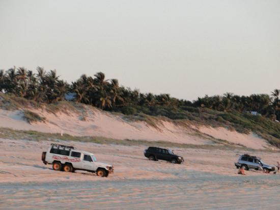 Cable Beach: the dunes are being destroyed