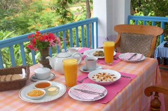 Breakfast at Villa Jacaranda