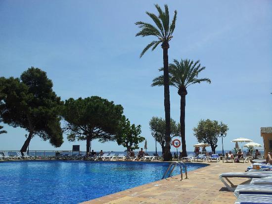 Sirenis Hotel Goleta & Spa: piscina vista mare