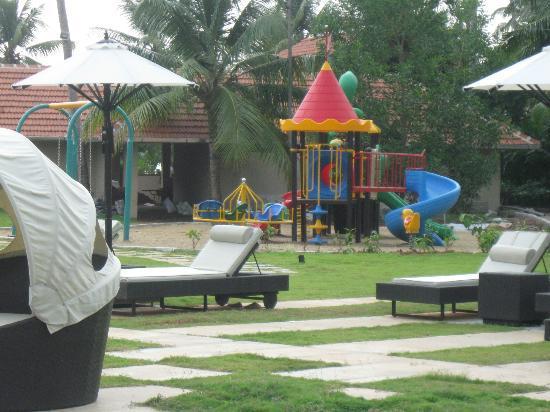 Vasundhara Sarovar Premiere: kids play area