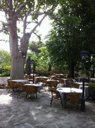 Najeti Hotel la Magnaneraie: Courtyard