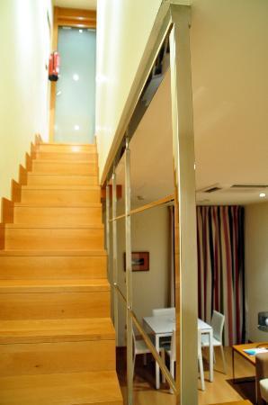 Apartamentos Maria Luisa : Treppe