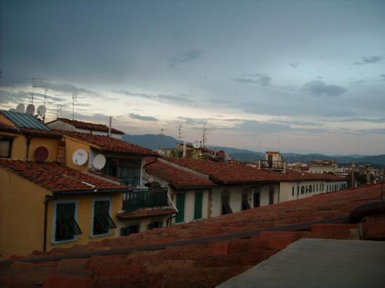 Aramis Rooms: Aussicht vom obersten Zimmer (nach 90 Stufen)