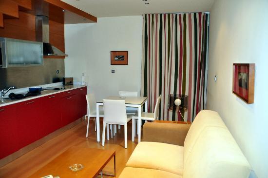 Apartamentos Rice: Wohnraum